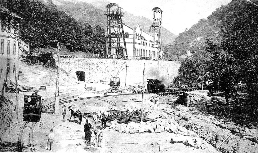 Pozo Santa Bárbara en los inicios de su funcionamiento