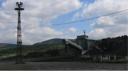 Escombreras en instalaciones del procesamiento del carbón en Fabero. ALVAREZ ARECES, Miguel Ángel.